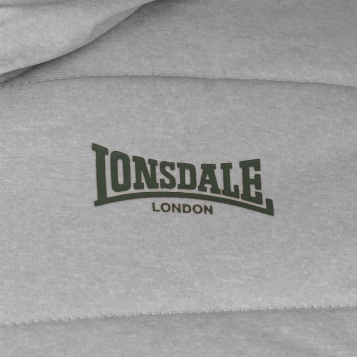 Lonsdale striukė