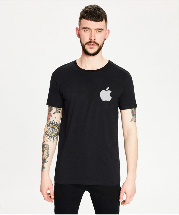 Marškinėliai su Apple logotipu
