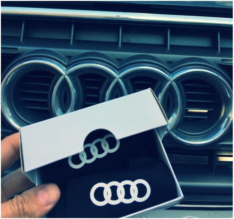 Audi kojinės su dėžute