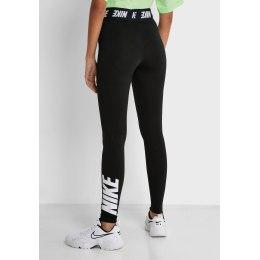 Nike tamprės